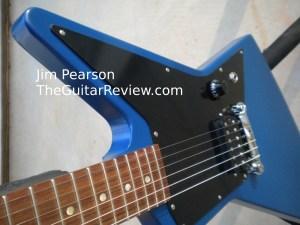 GibsonMelodyMakerExplorerBlueBodyBeautyShotJimPearson