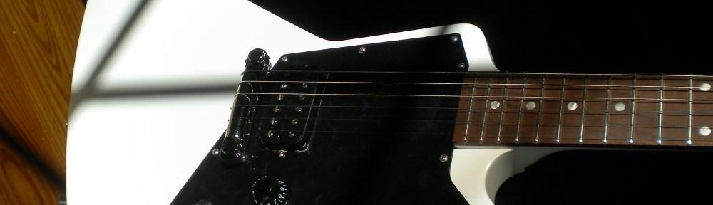 Gibson Melody Maker Explorer White Headline Shot Jim Pearson
