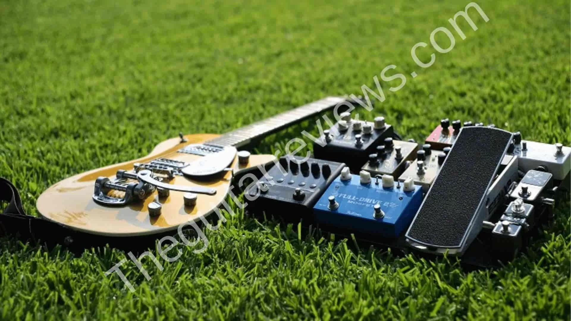 Best Volume Pedals for Guitar [2019 Reviews List]