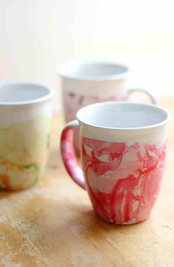 DIY Marbled Nail Polish Mugs by strengthandsunshine.com