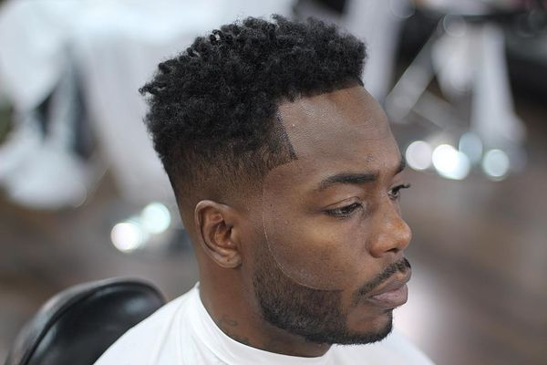 Sexy Black People Haircuts for A Guy 7