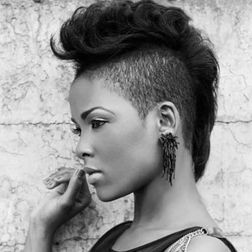 Hairstyles For Woman: 40 Awesome Undercut Hairstyles For Women [December 2019]