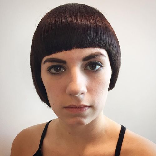 30 Short Hairstyles And Haircuts With Bangs