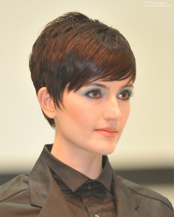 Pics to Make You Want Short Hair with Side Bangs 3