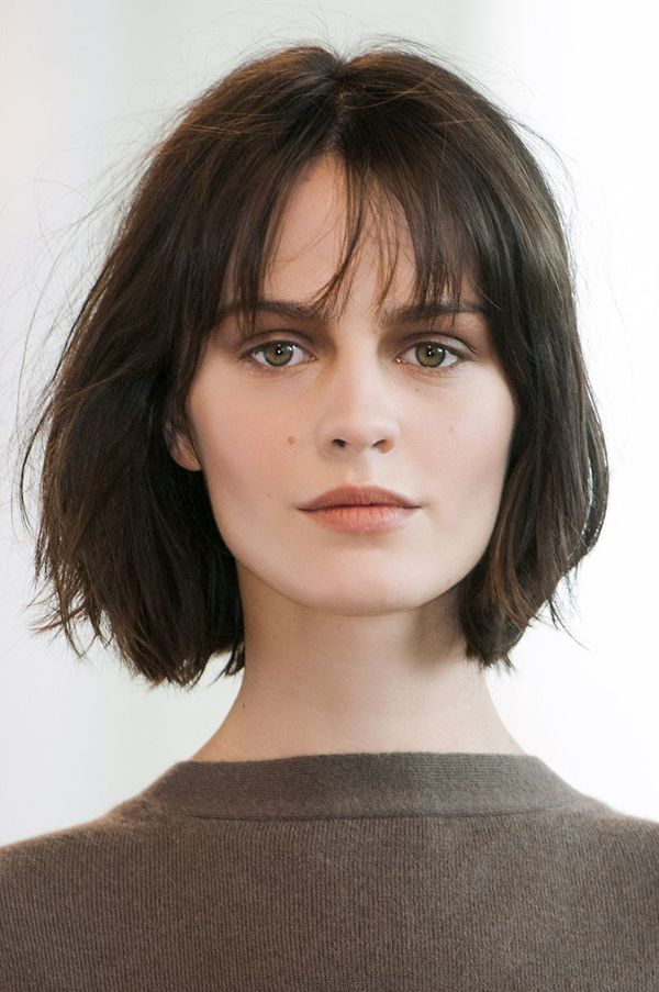 Stylish Womens Short Haircuts with Bangs 3