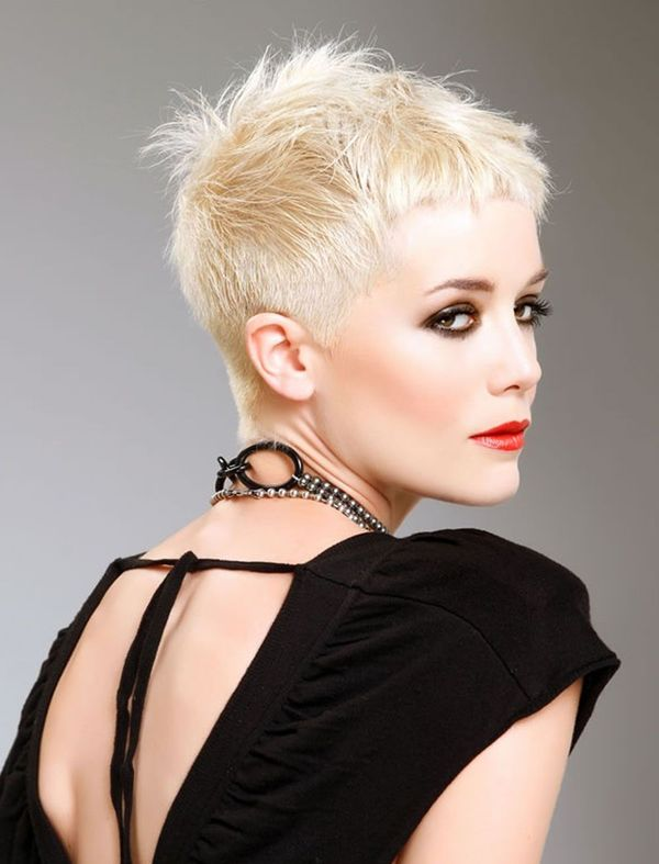 Very Short Pixie Haircuts for Women 2