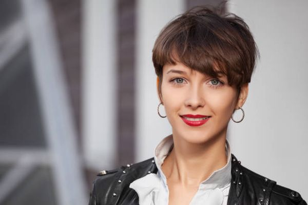 Extremely Short Hairstyles with Bangs 3