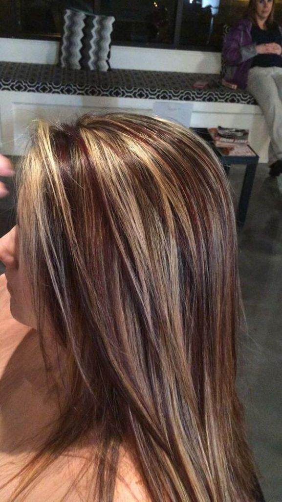 The rich chocolate brown highlights with the butter-blonde lowlights
