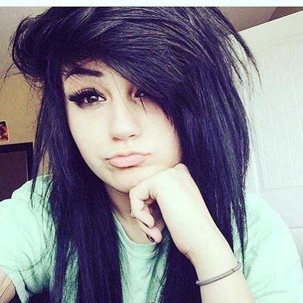Messy emo hairstyle