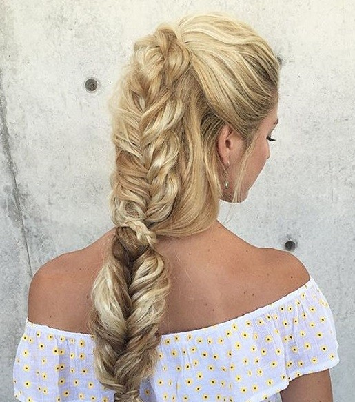 Half-Up Half-Down into Fishtail Braid Style