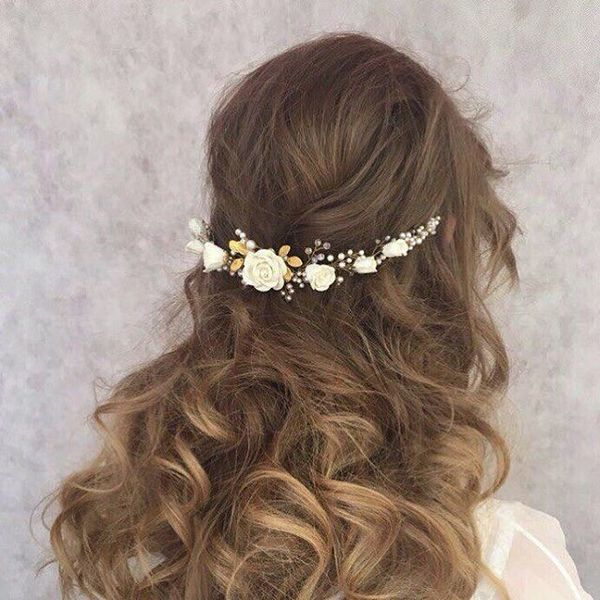 Chic Bohemian Hairstyles with Curls 5