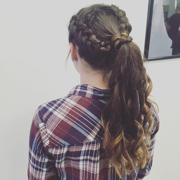 Uncomplicated prom updo
