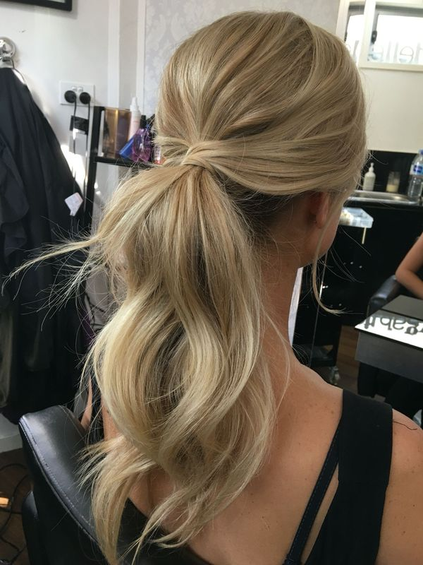 Top Trendy Long Hairstyles for Prom 1