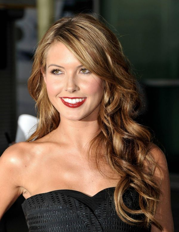 Top Trendy Long Hairstyles for Prom 3