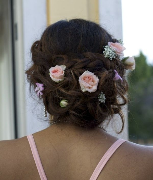 Prom Hair Styles for Long Hair (with Flowers) 1