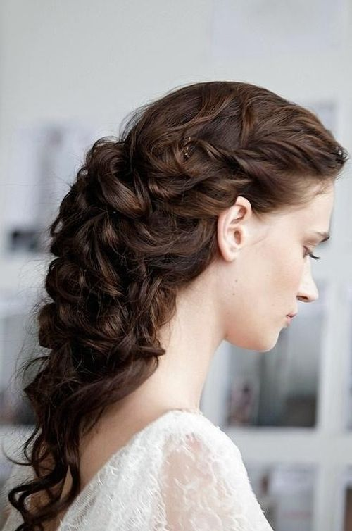 Ways to Style Long Hair for Prom 3