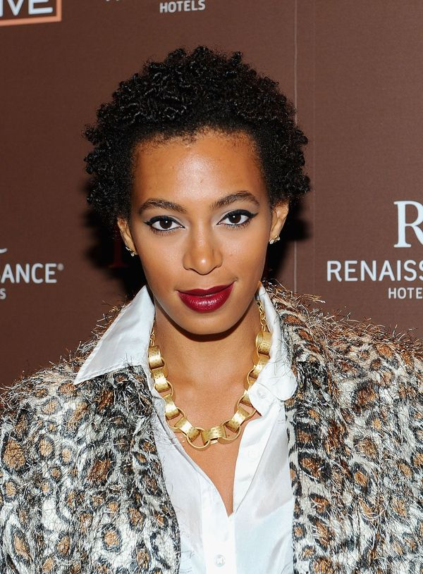 Cool Haircuts with Short Curls for Black Female 1