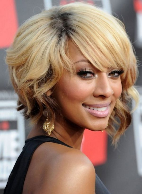 Ideas of Short Bob Cut for Curly or Wavy Hair 1