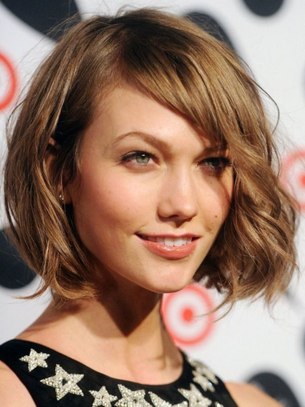 Modern Short Shaggy Bob Hairstyles 3