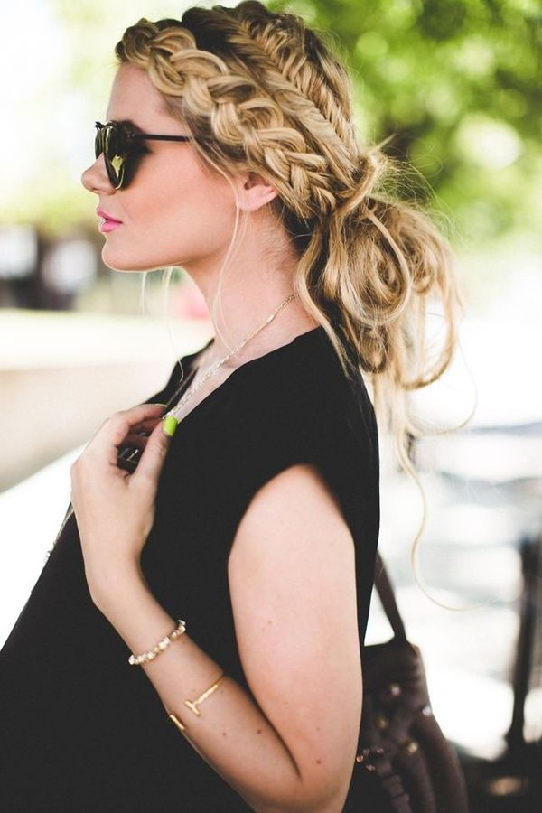 Braided Hairstyles for Very Long Blonde Hair 2