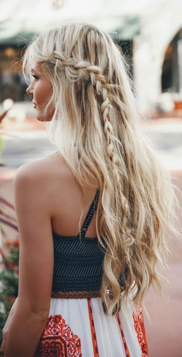Braided Hairstyles for Very Long Blonde Hair 3