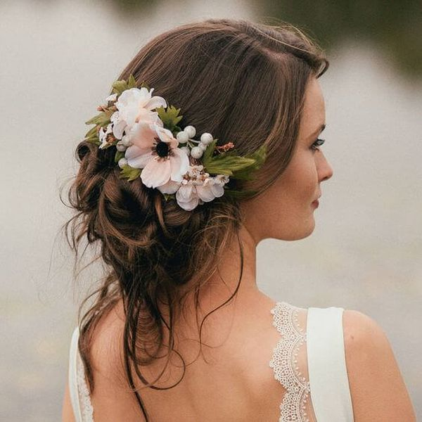 Beautiful Updos For Long Wavy Hair For Weddings 2