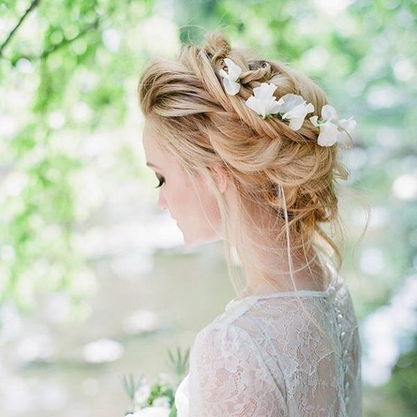 Beautiful Updos For Long Wavy Hair For Weddings12