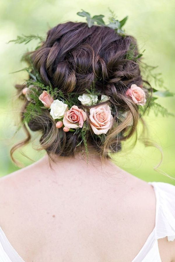 Magnificent Wedding Hairstyles With Flower On Long Hair 1