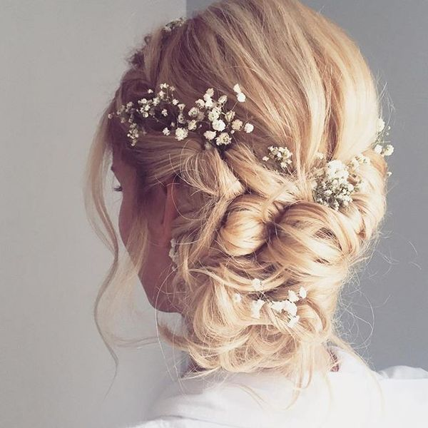 Magnificent Wedding Hairstyles With Flower On Long Hair16