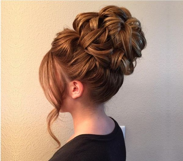 Quick And Easy Wedding Updos For Long Hair12