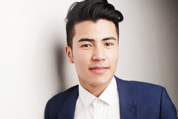 Pompadour style for Asian guys 1