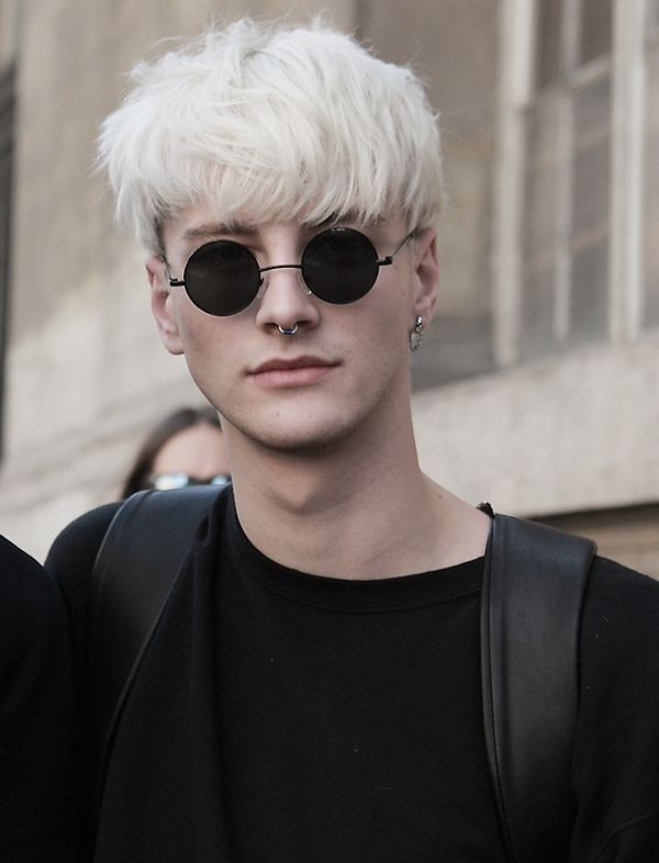 Stylish Hairstyles for Platinum Blonde Hair Men 3