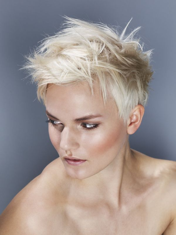 Cool Styles with Short Spiky Hair for Ladies 2