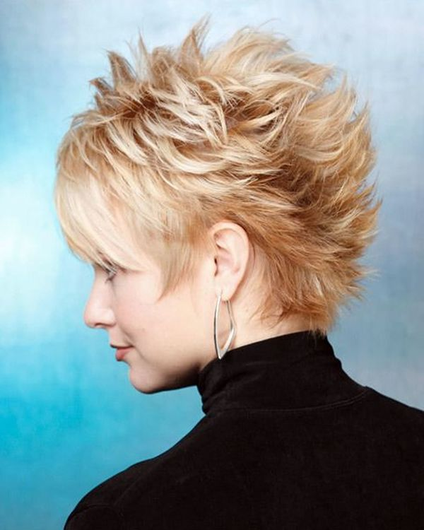 Cool Styles with Short Spiky Hair for Ladies 3