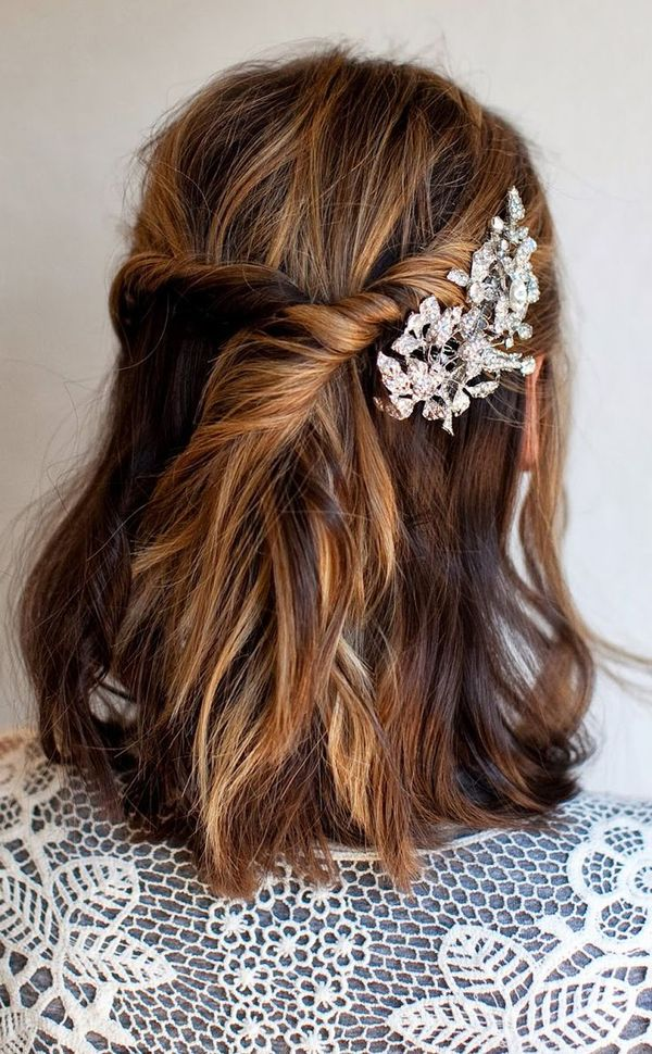 DIY Updo For Medium Length Hair You Can Wear To Prom 2