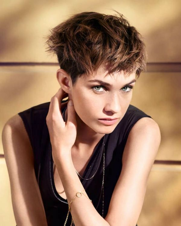Eyecatching Hair Color Ideas for Short Hair 2