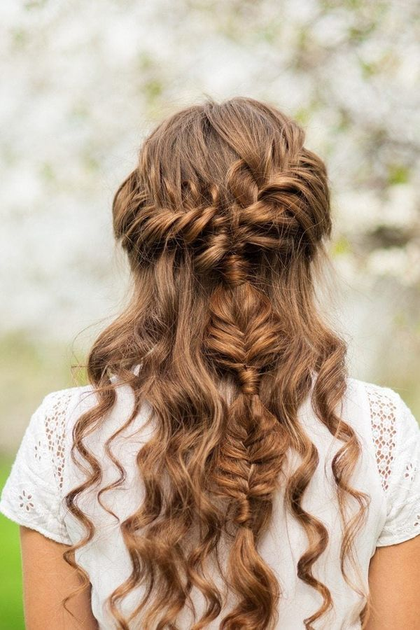 Fancy loose curly updos for prom 2