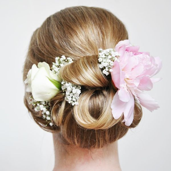 Long prom hairstyles with accessories 5