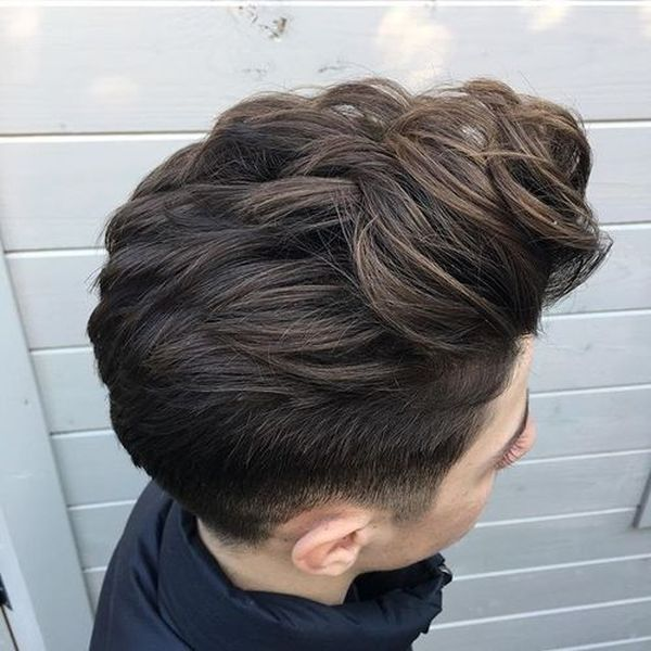 Longer hairstyles for men with thick hair 1
