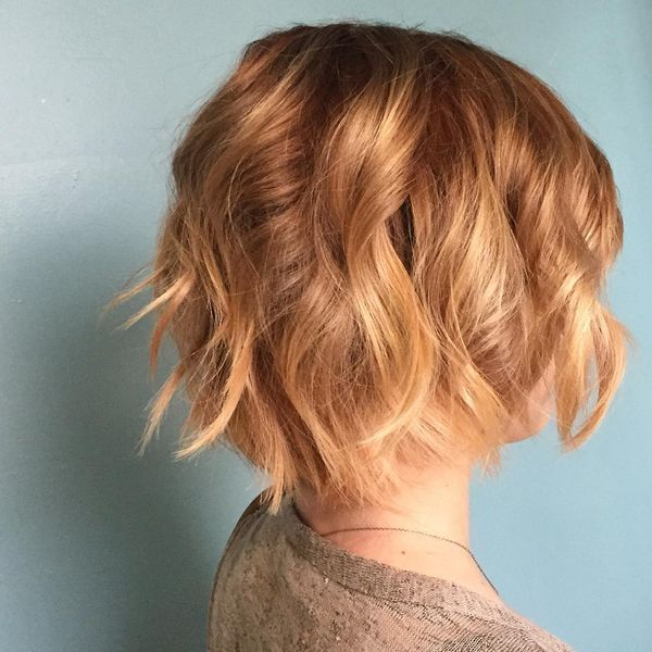 Modern short wavy hairstyles for girls 1