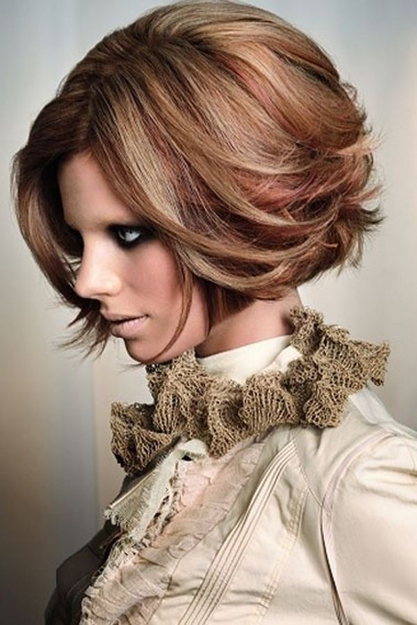 Popular Fall Hair Colors for Short Hair 3