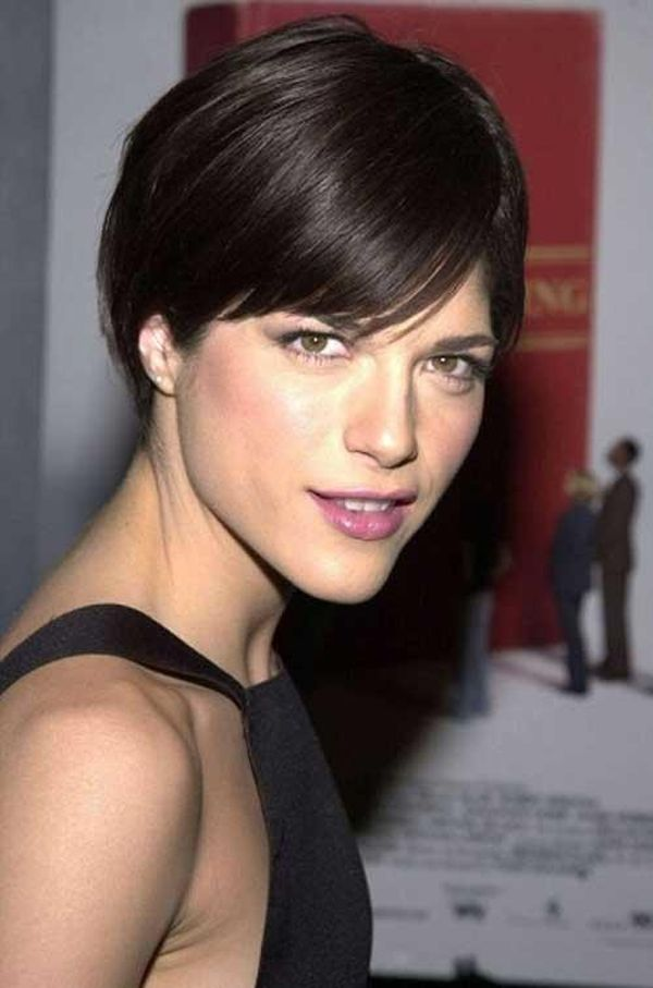 Short straight hair ideas for ladies 1