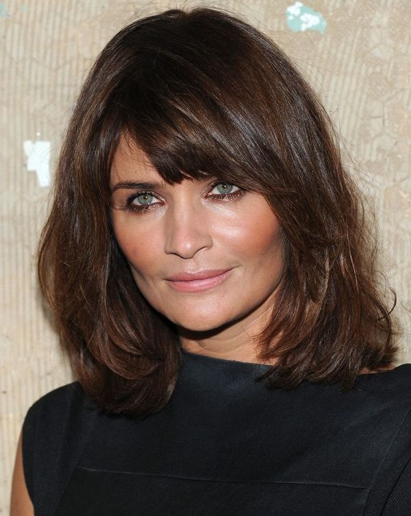 Stylish Long Layered Bobs With Side Swept Bangs 2