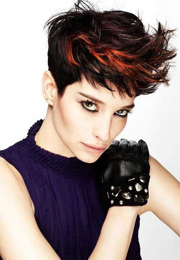 Unique Hair Colors for Girls with Short Hair 3
