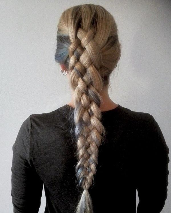Awesome hairdos for straightened long hair 5