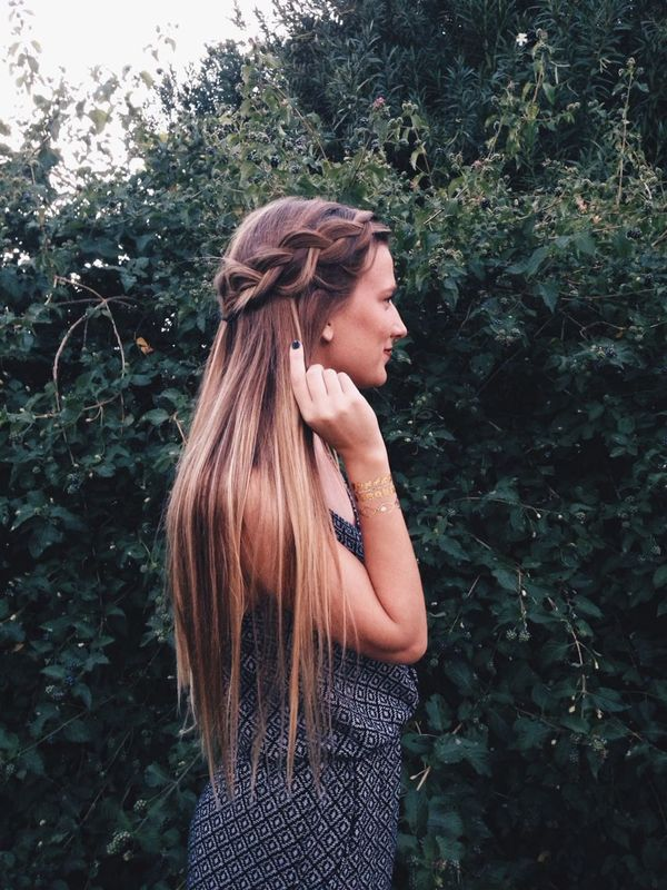 Cool long hairstyles for straight hair 4