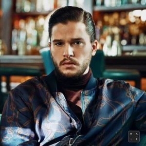 Kit-Harington-Short-Hair-Hard-Part-Comb-Over