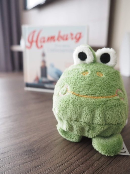 Froggy from the Appartello Hotel | Hamburg with a toddler