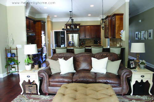 Tradition-rustic-living-room-tour-H9