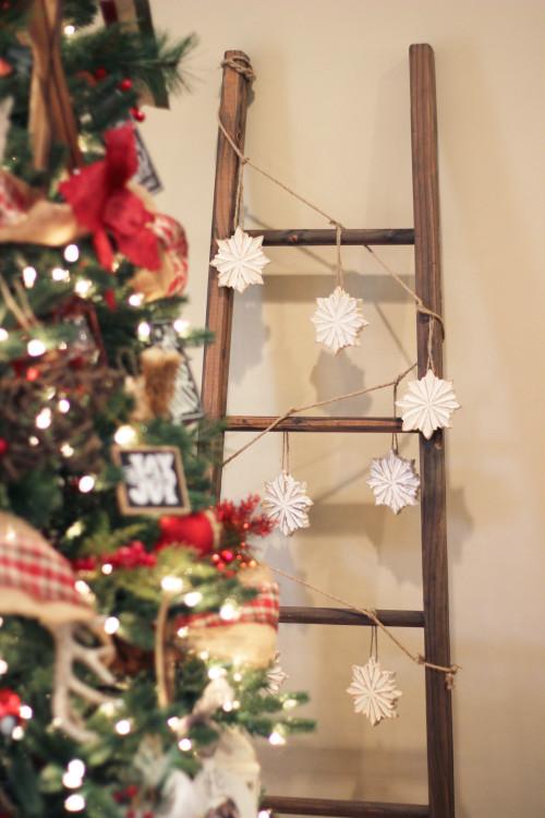 christmas-blanket-ladder